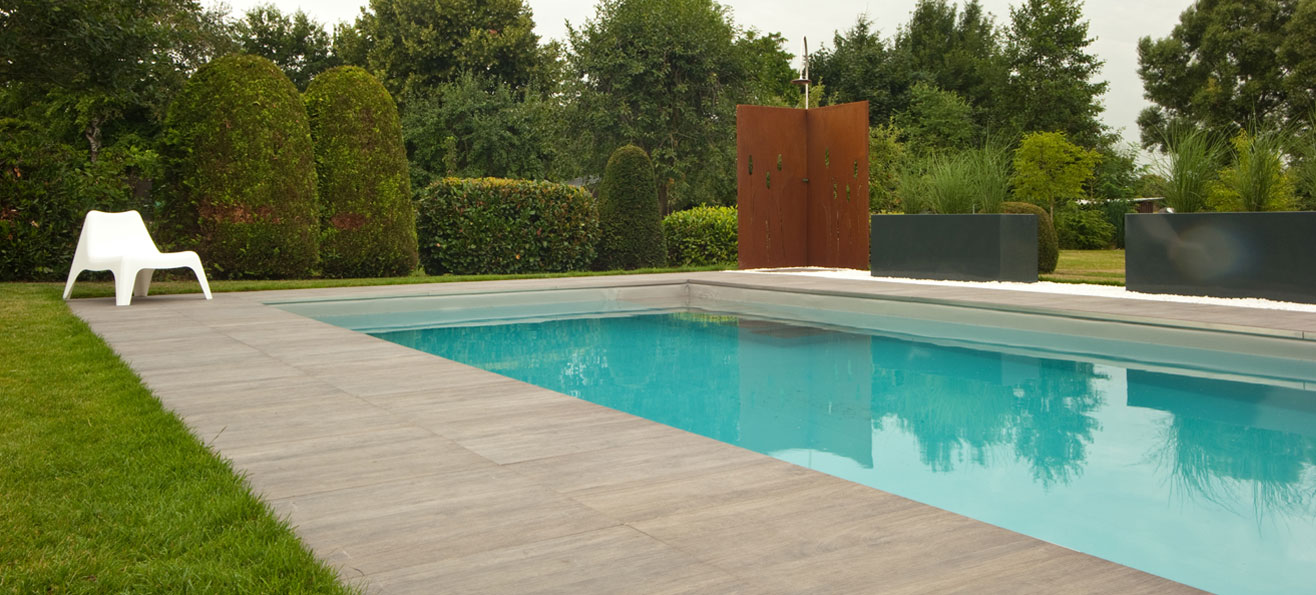 carrelage abords de piscine