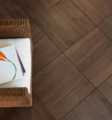 Wood effect flooring and coatings evo 2 e mirage for Sundeck flooring